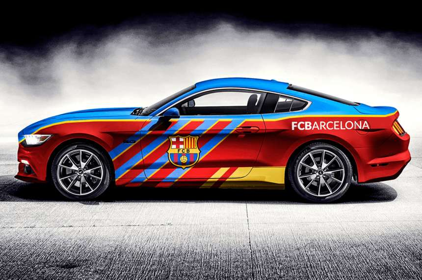 AUDI donates cars to Barcelona football players